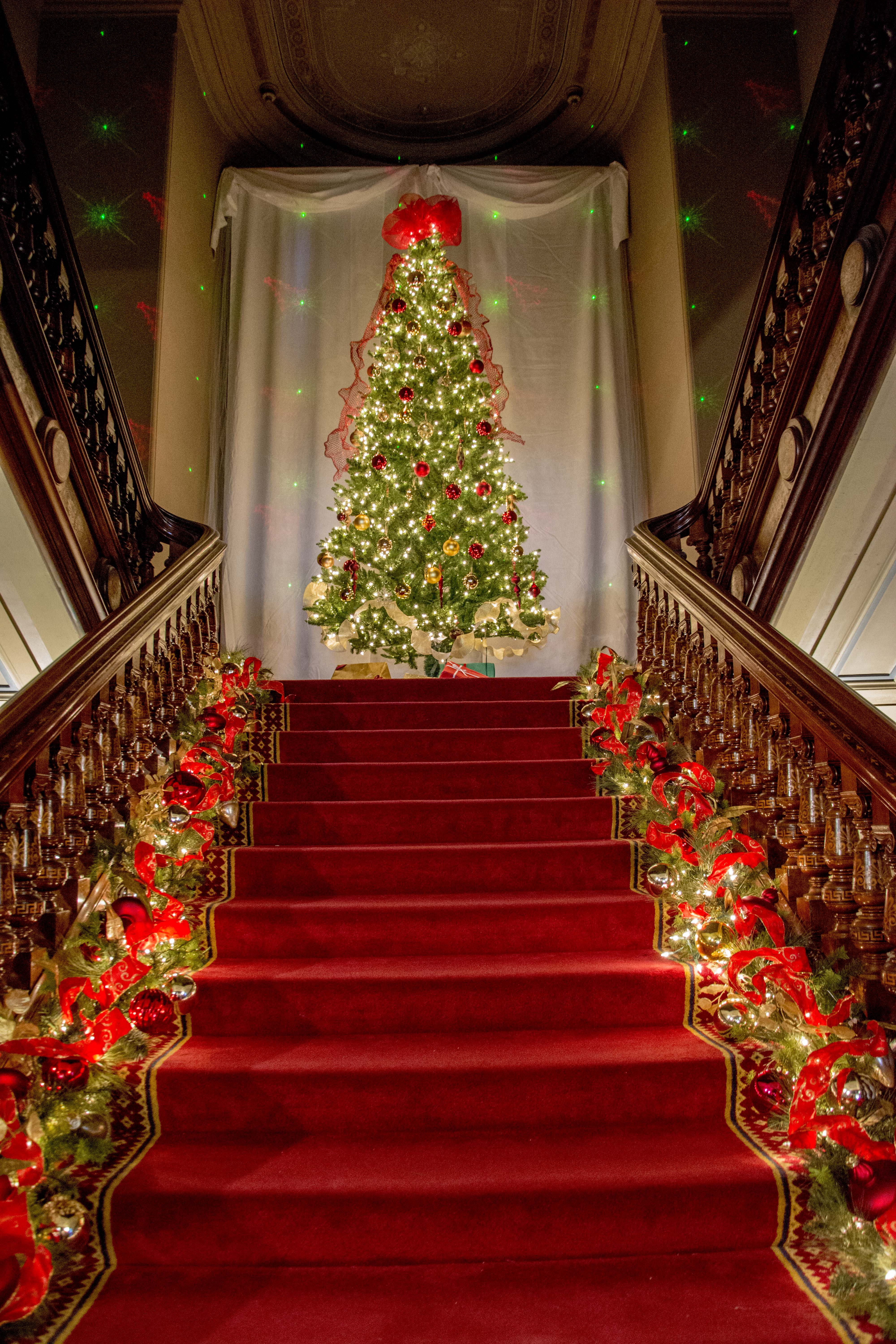 a magical christmas eve at the lockwood mathews mansion museum the lockwood mathews mansion museum